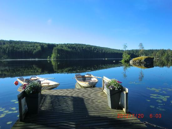Hennickehammars Herrgard: Två båtar att kostnadsfritt låna.