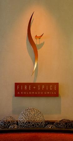 Denver Airport Marriott at Gateway Park: Fire and Spice Restaurant