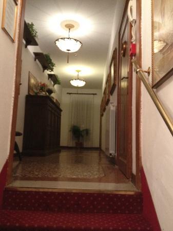 Casa Rezzonico: Upstairs hallway