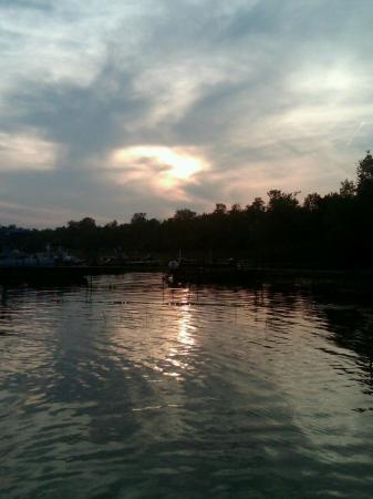 Hamilton's Fox Lake Campground: the lake