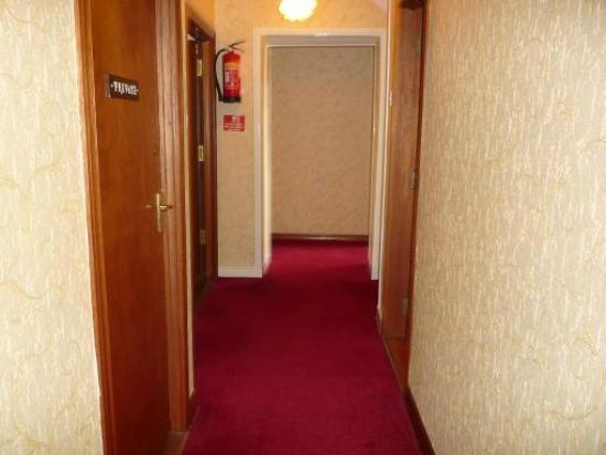 Clarkes B&B: Hallway
