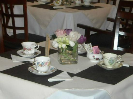 Milner Gardens & Woodland: Devonshire Cream Teas and High Teas