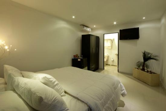 Hotel Alicante Boutique Spa: HABITACION SUITE VERANO...