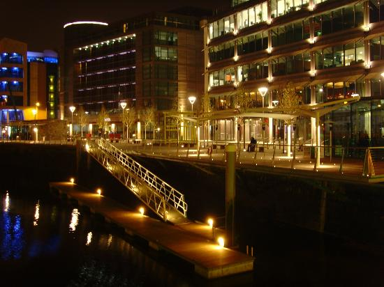 Clayton Hotel Cork City: Clarion Hotel Cork at Night