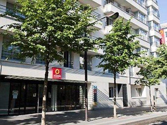Adagio Paris Buttes Chaumont : Exterior