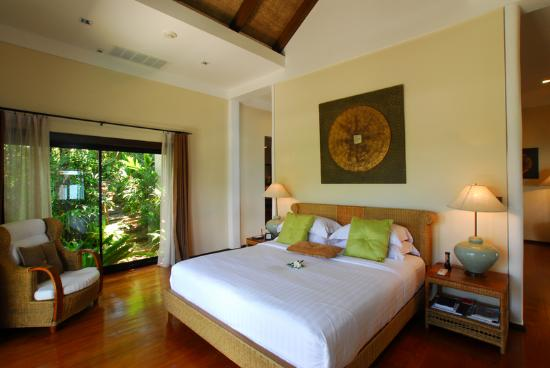 ‪‪The Tongsai Bay‬: Nang Gong Villa Bedroom‬