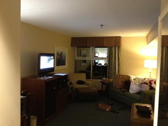 Ramada Plaza by Wyndham Geneva Lakefront Resort: Mini mini suite.