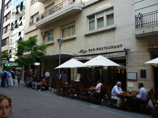 Lafayette Hotel: Rua reconquista, em frente ao hotel