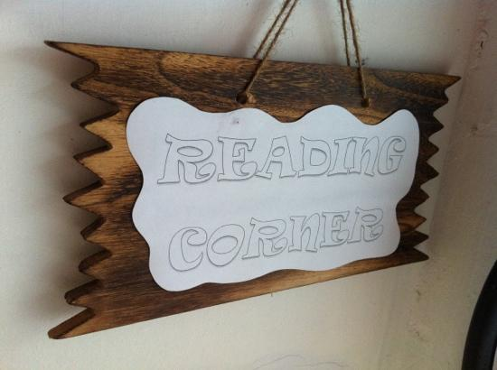 Rucksack Inn  (Lavender): reading corner