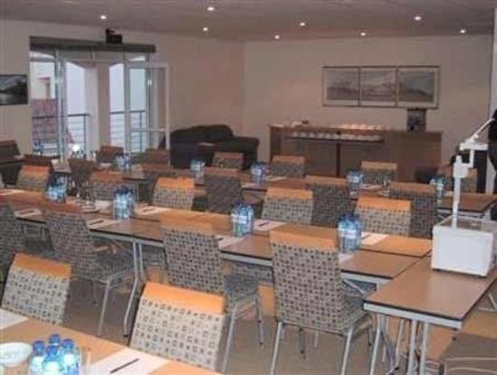 Port Hotel: Interior