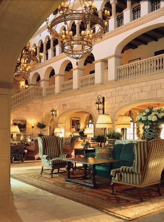 The Cloister at Sea Island: Colonial Lounge/Lobby