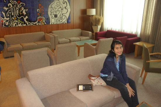 Santa Maria Hotel -- Fatima: Trisha in the reading and viewing area