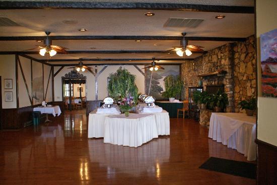 Chalet Restaurant: Resturant Buffet Area