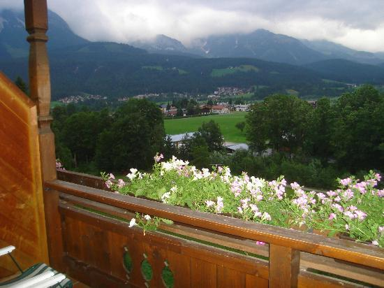 Hotel Christoph: Looking over the porch