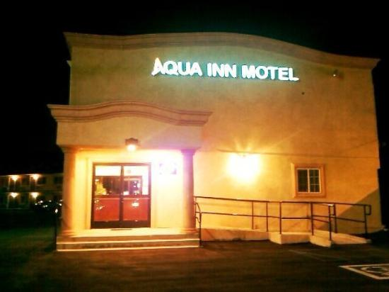Aqua Inn Motel : Aqua Inn