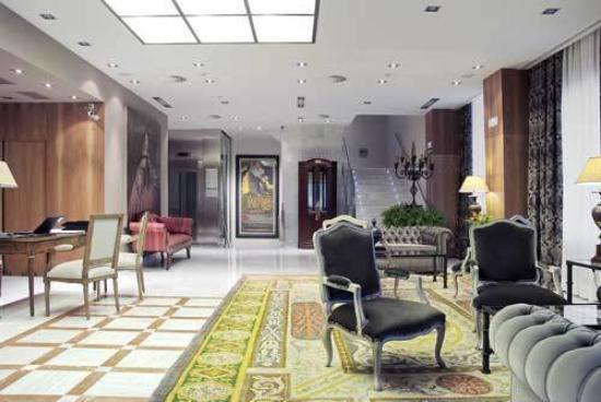 Gran Hotel La Perla: Lobby View