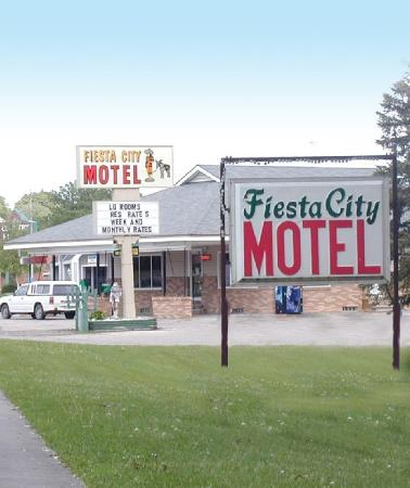 Fiesta City Motel Montevideo: Exterior View