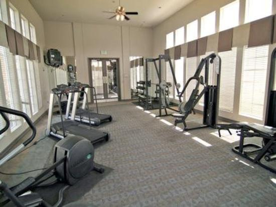 National at Stonegate: Fitness Center