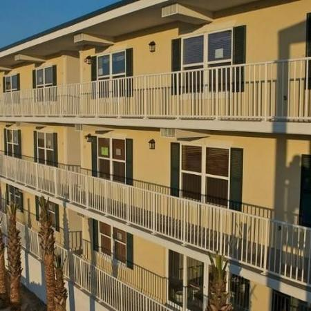Beachside Colony  - Tybee Beach Club: Exterior