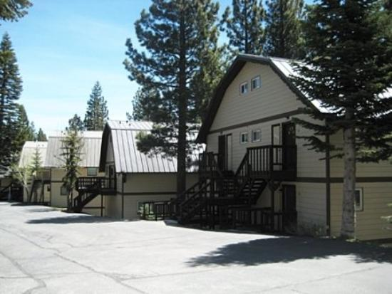 Mammoth View Villas