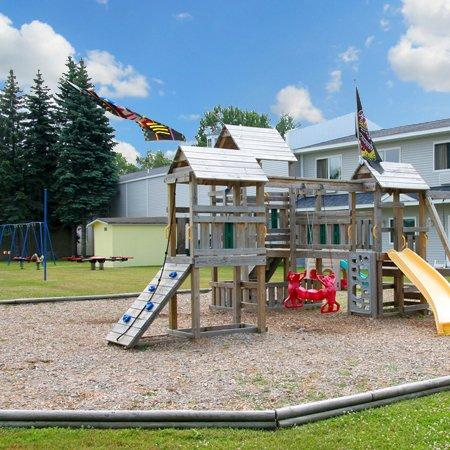 Budget Inn Mackinaw: Anchor Inn Mackinaw City MIPlayground
