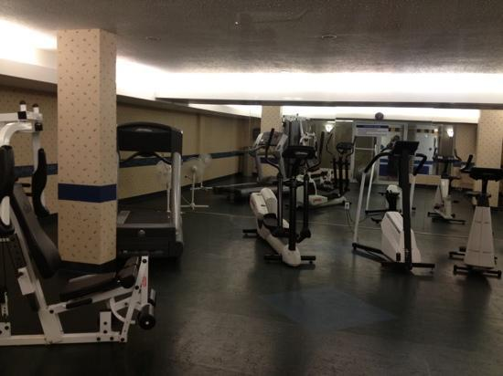 Best Western Pocaterra Inn: exercise room