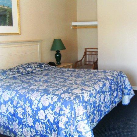 Southport Inn West Sacramento: Guest Room