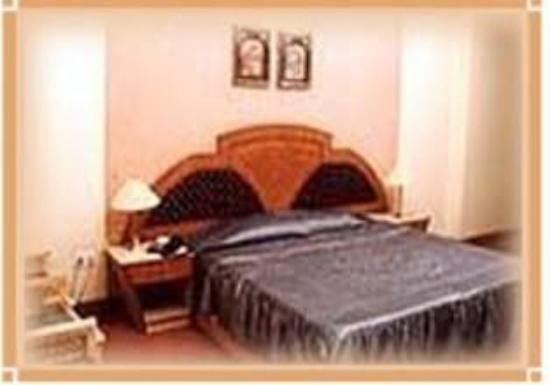 Hotel Surya Shelter