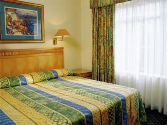 Don Arcadia I: Room
