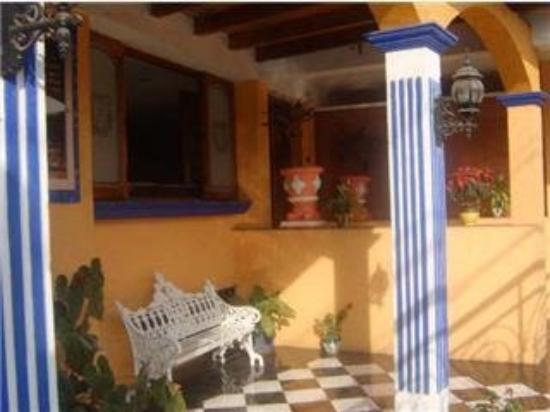 Hotel Atenas: Entrance