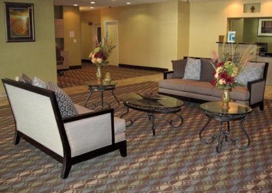 Studio 6 San Antonio - East : Lobby