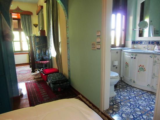 Nikos Takis Fashion Hotel: inside room