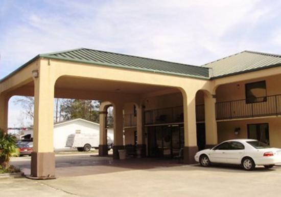 Oak Leaf Inn 62 6 9 Prices Motel Reviews Brewton Al Tripadvisor