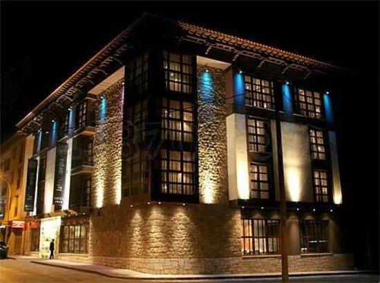 Hotel La Trufa Negra: Exterior