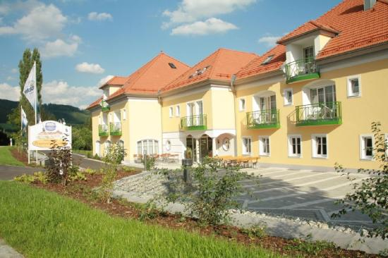 Akzent Wellnesshotel Bayerwald Residenz: Exterior View