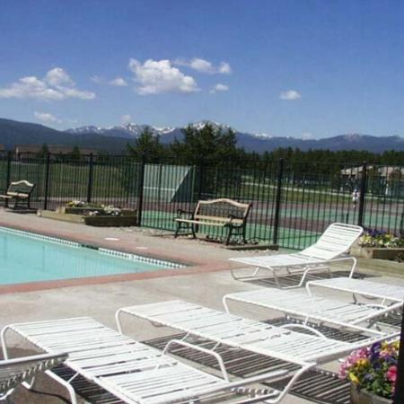 Meadow Ridge Resort : Pool MR