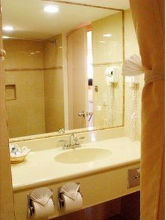 Costa Brava Hotel: Bath