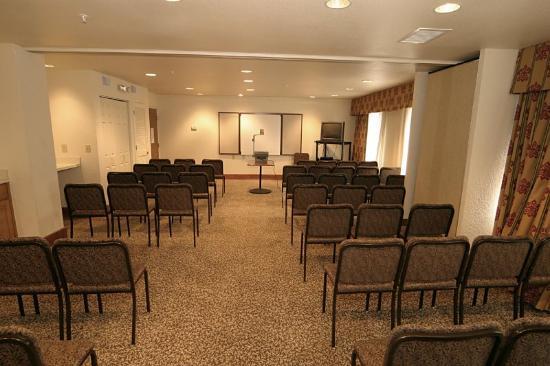 Staybridge Suites : Meeting room needs in Myrtle Beach.