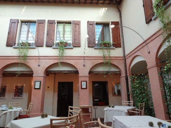 La Locanda Bagnara: Restaurant 
