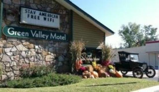 Green Valley Motel: Front Offfice