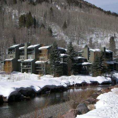 Riverside Condominiums: Exterior Winter