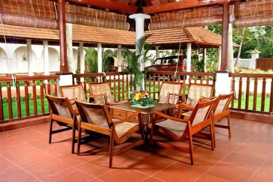 Lemon Tree Vembanad Lake Resort: Lobby Area