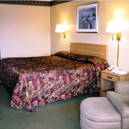 Economy Inn : Bed