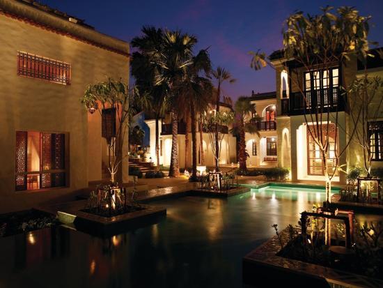Villa Maroc: Pool Court
