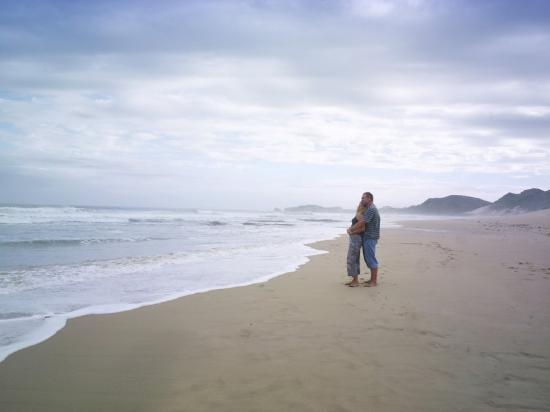 Port Alfred, South Africa: Beach Couple