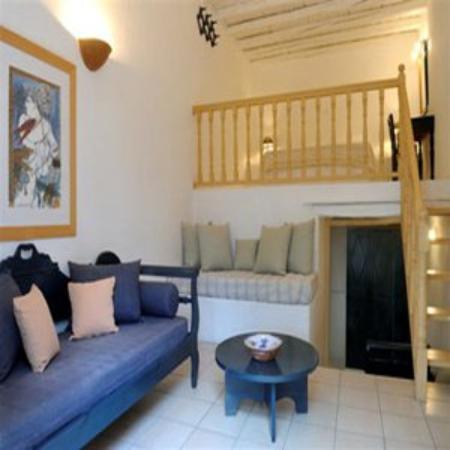 Lefkes Village Hotel: Lefkesvillageamilyroom