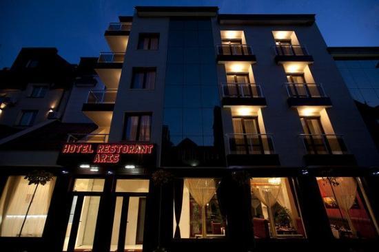 Hotel Aris : Exterior