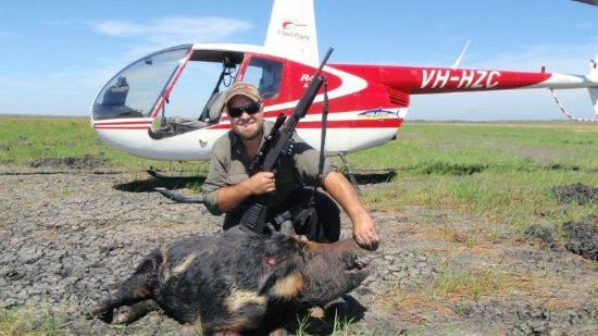Noonamah, Australia: Seb with a 100 kg plus boar