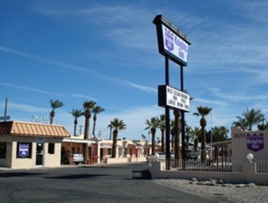 Arizona Inn & Suites: Welcome to the Knights Inn of Yuma Arizona