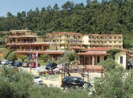 Palladium Hotel: Exterior View